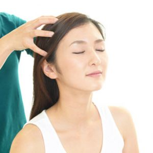 head massage by Sarah of Sarahayoga